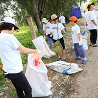 Beach Clean Up at Pantai Remis